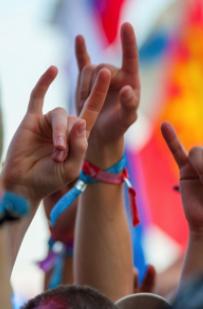 bracelet pour festival personnalisé à l'image de l'événement